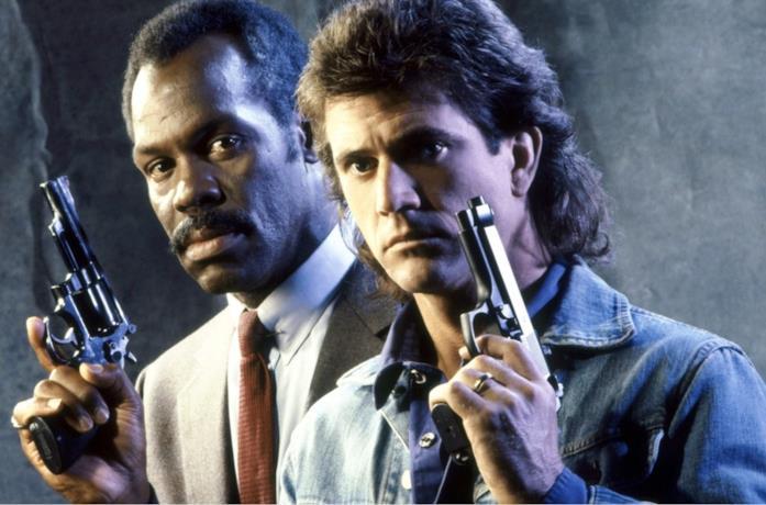 Un'immagine di Danny Glover e Mel Gibson