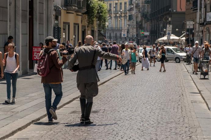 Una scena di Sono tornato con Mussolini in giro a Roma