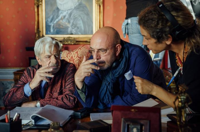Giancarlo Giannini e Paolo Virzì sul set di Notti Magiche