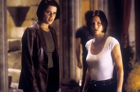 Neve Campbell e Courteney Cox