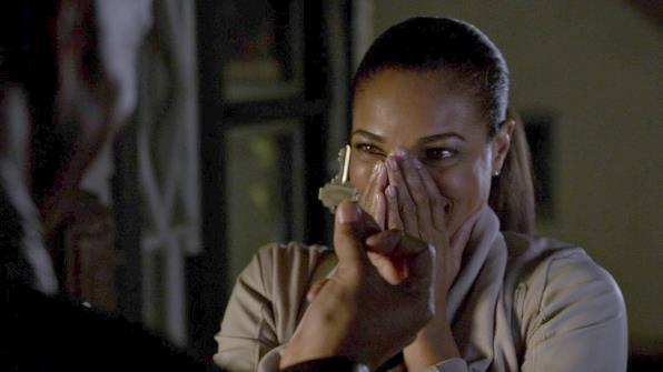 Hashtag (stagione 10, epsiodio 7): quando porta la sua relazione con Savannah al livello successivo, chiedendole di trasferirsi da lui.