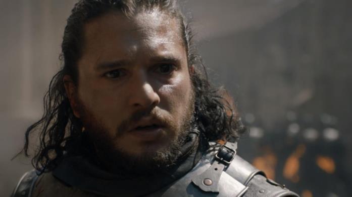 Jon Snow assiste allo scempio di Approdo del Re in GoT 8x05