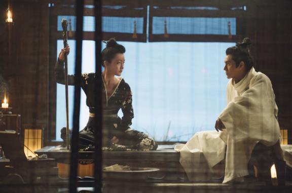 Zhou Xun e Chen Kun in una scena del film The Yinyang Master