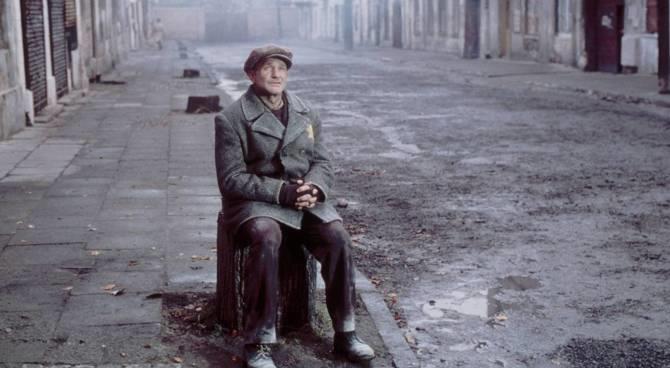 Un'immagine del film Jakob il bugiardo
