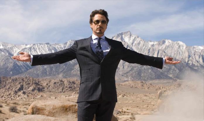 Tony Stark in una scena di Iron Man (2008)