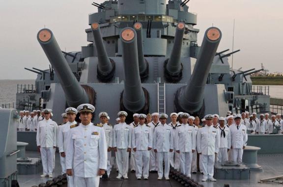 USS Indianapolis, la recensione: quando la storia non basta
