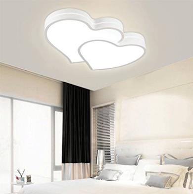 Plafoniera a soffitto LED a forma di cuore