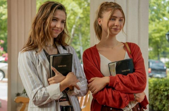 Il cast in una scena di Teenage Bounty Hunters