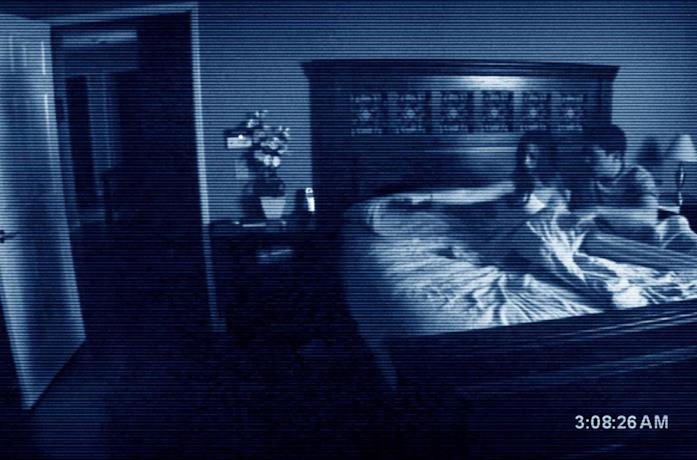 Una delle riprese notturne in Paranormal Activity