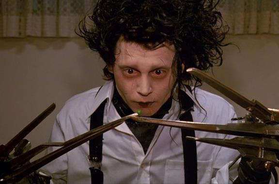 Edward mani di forbice, significato e temi della favola nera di Tim Burton