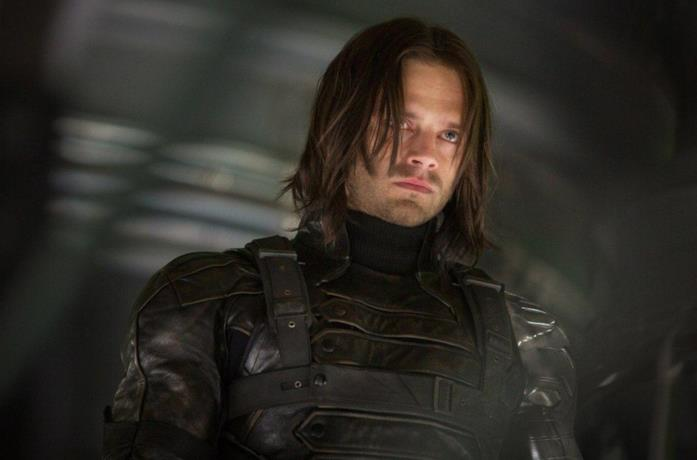 Sebastian Stan veste i panni di Bucky Barnes