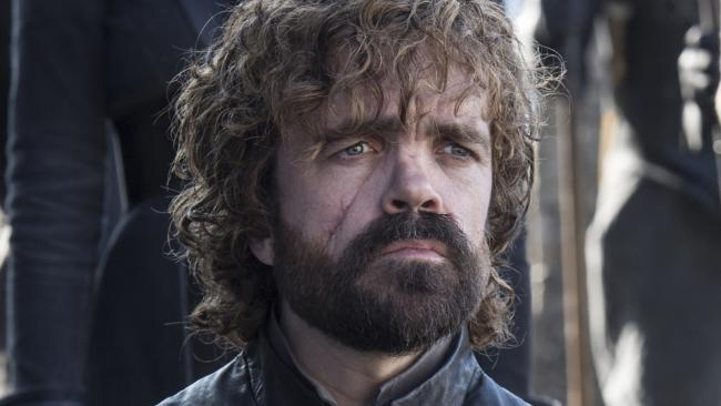 Peter Dinklage sul set di Game of Thrones nei panni di Tyrion Lannister