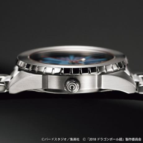 Capsule Corporation dettaglio orologio