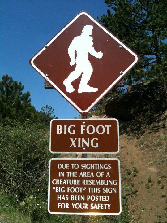 Un cartello di attraversamento Bigfoot