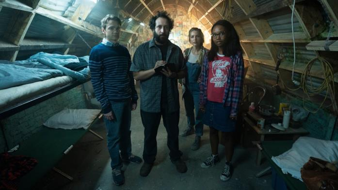 Gli attori di Utopia sul set