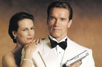 Jamie Lee Curtis e Arnold Schwarzenegger  in True Lies
