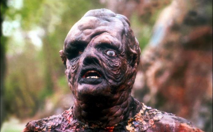 Un primo piano di Toxic Avenger nel film del 1984