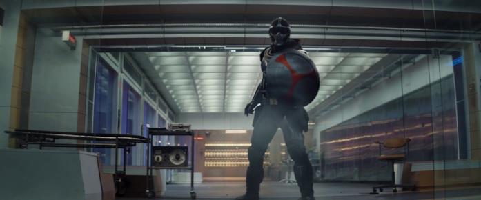 Taskmaster e il suo scudo nello spot del Super Bowl di Black Widow
