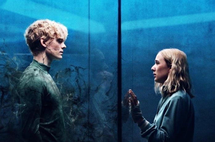 Rasmus e Simone divisi da un vetro