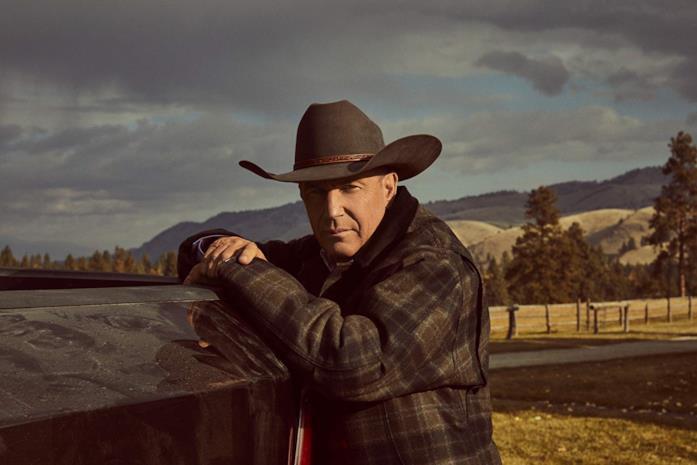Kevin Costner in una scena della serie Yellowstone