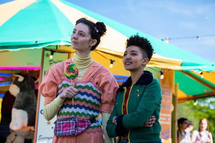 Lily e Ola in Sex Education stagione 2