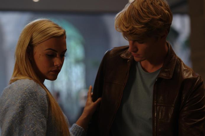 Hannah van der Westhuysen e Danny Griffin, interpreti di Stella e Sky