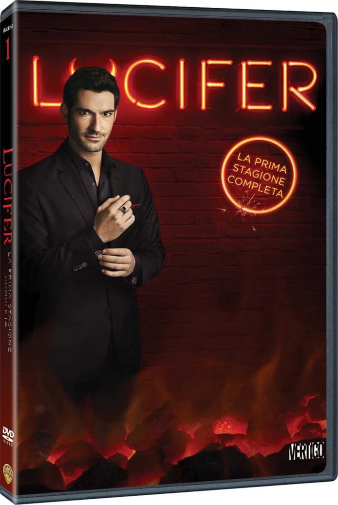 Tom Ellis nella copertina del cofanetto DVD di Lucifer