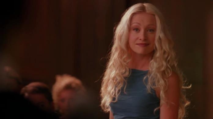 La bella Nelle Porter in una scena del film