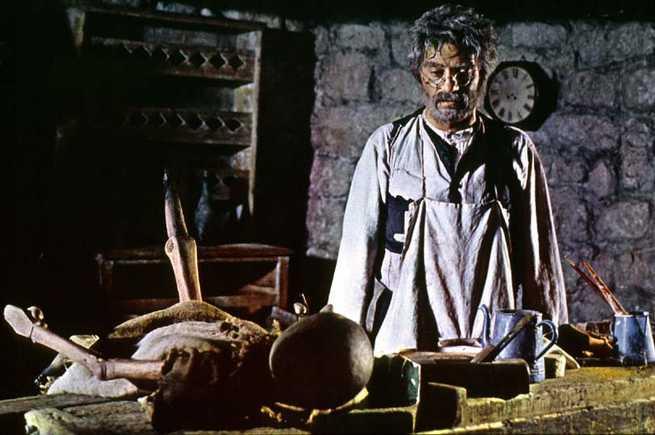 Nino Manfredi è Geppetto in Le Avventure di Pinocchio