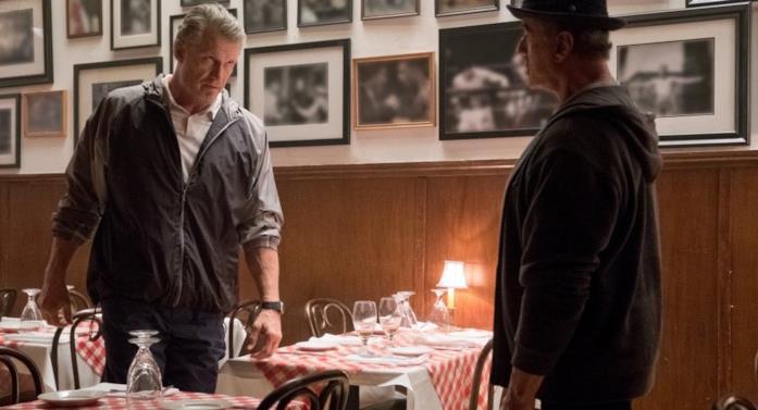 Dolph Lundgren e Sylvester Stallone in una scena del film
