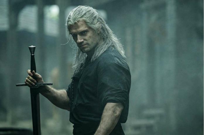 Un'immagine di Henry Cavill nei panni di Geralt di Rivia
