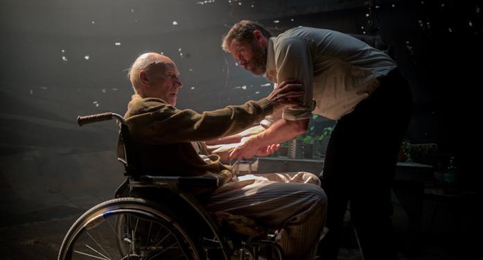Patrick Stewart e Hugh Jackman come Professor X e Wolverine in Logan - The Wolverine