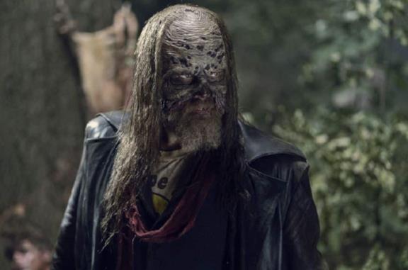 The Walking Dead 10: Beta tra serie TV e fumetto, chi è davvero?