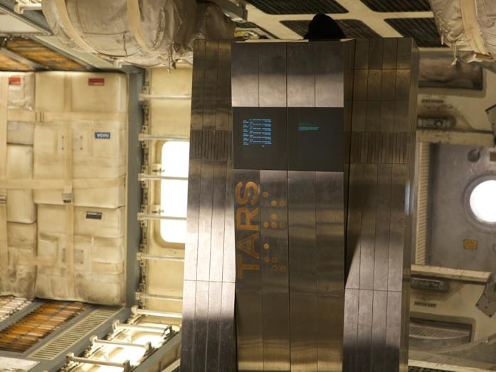 TARS, il robot monolito di Interstellar