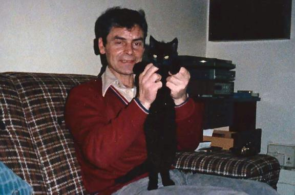 Peter Tobin in una scena della serie Ho vissuto con un killer