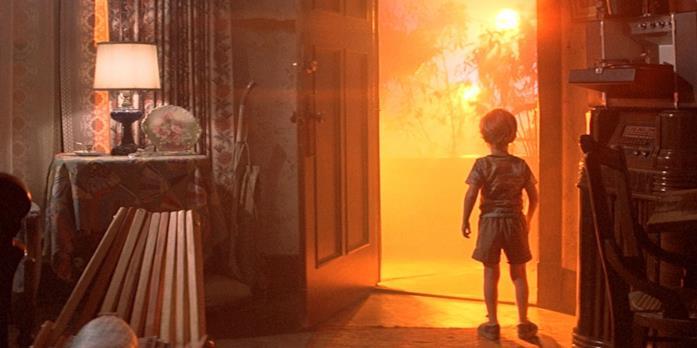 Il bambino di Incontri ravvicinati del terzo tipo alla porta