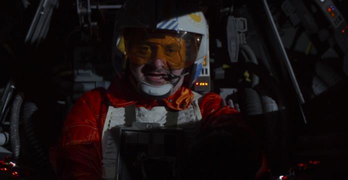 Dave Filoni vestito da pilota di X-Wing