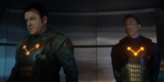 L'armatura del Nova Corps con tre luci in Guardiani della Galassia