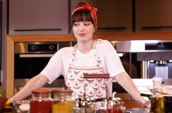 Özge Gürel, protagonista di Bitter Sweet - Ingredienti d'amore