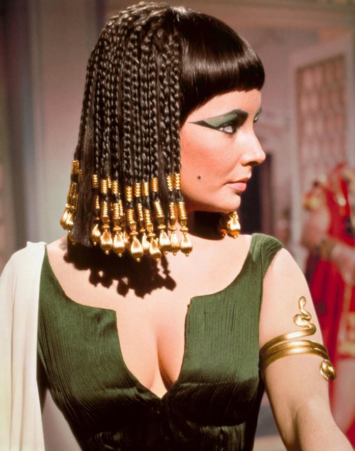 Elizabeth Taylor nel film su Cleopatra