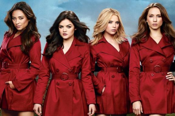 Shay Mitchell, Lucy Hale, Ashley Benson e Troian Bellisario in rosso