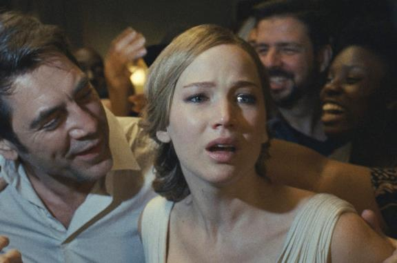 Jennifer Lawrence nel poster di Madre!