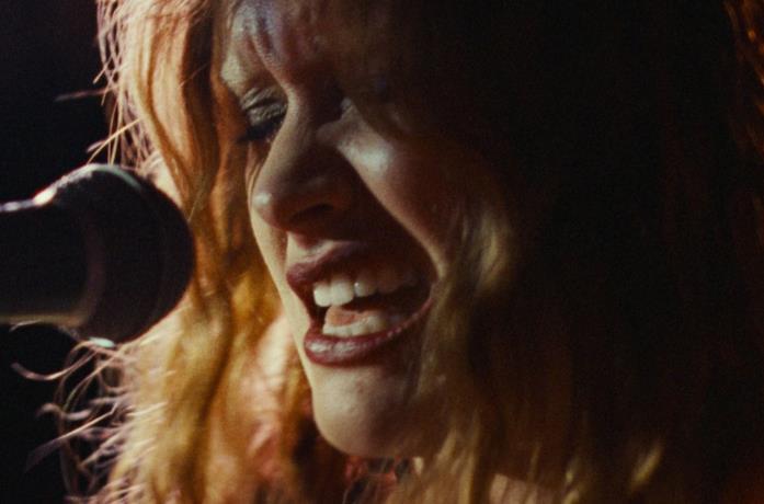 Olivia Cooke in una scena del film Sound of Metal