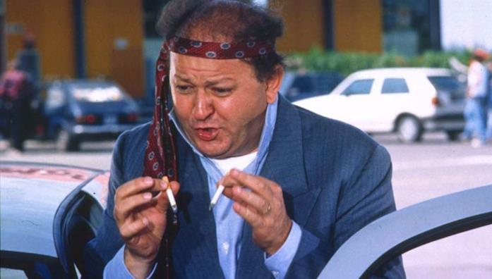 Massimo Boldi in una scena di Fratelli d'Italia