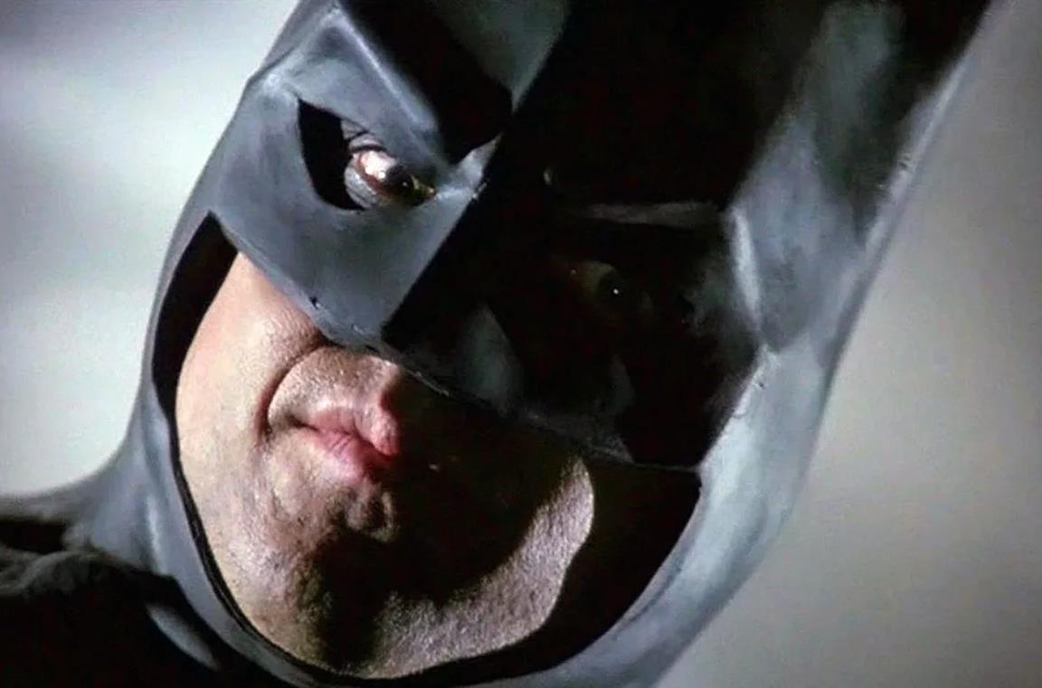 Un primo piano di Batman nel film del 1989.