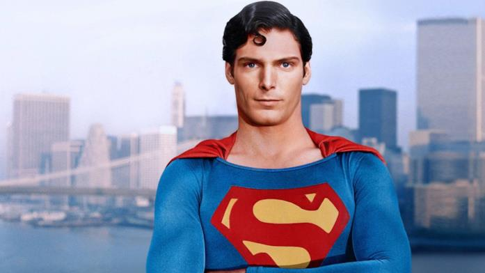 Superman è interpretato da Christopher Reeve