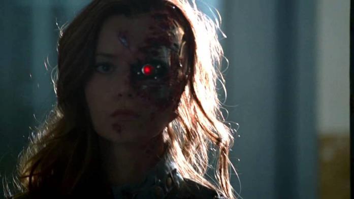 Terminator: The Sarah Connor Chronicles il volto del Terminator sfregiato