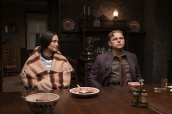 Leonardo DiCaprio e Lily Gladstone in Killers Of The Flower Moon
