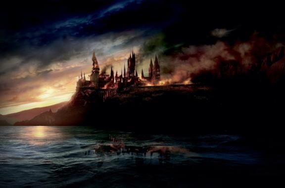 Il Castello di Hogwarts in fiamme.