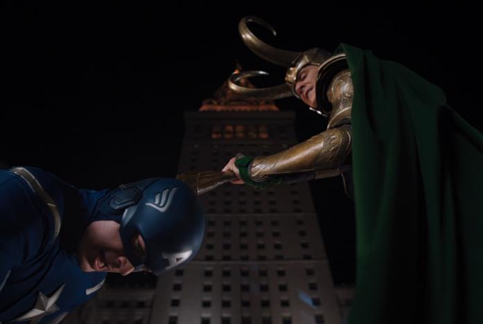 Loki e Cap in The Avengers
